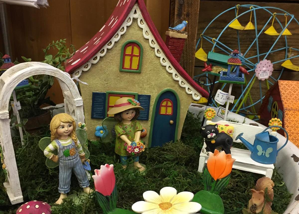 Christmas_Fairy_Garden_MInitures