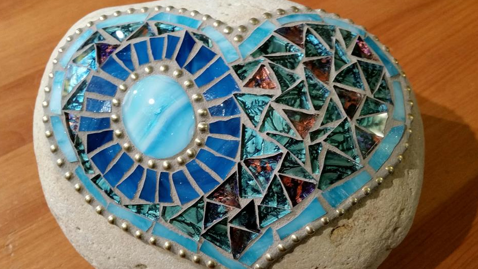Mosaic rock class project example.
