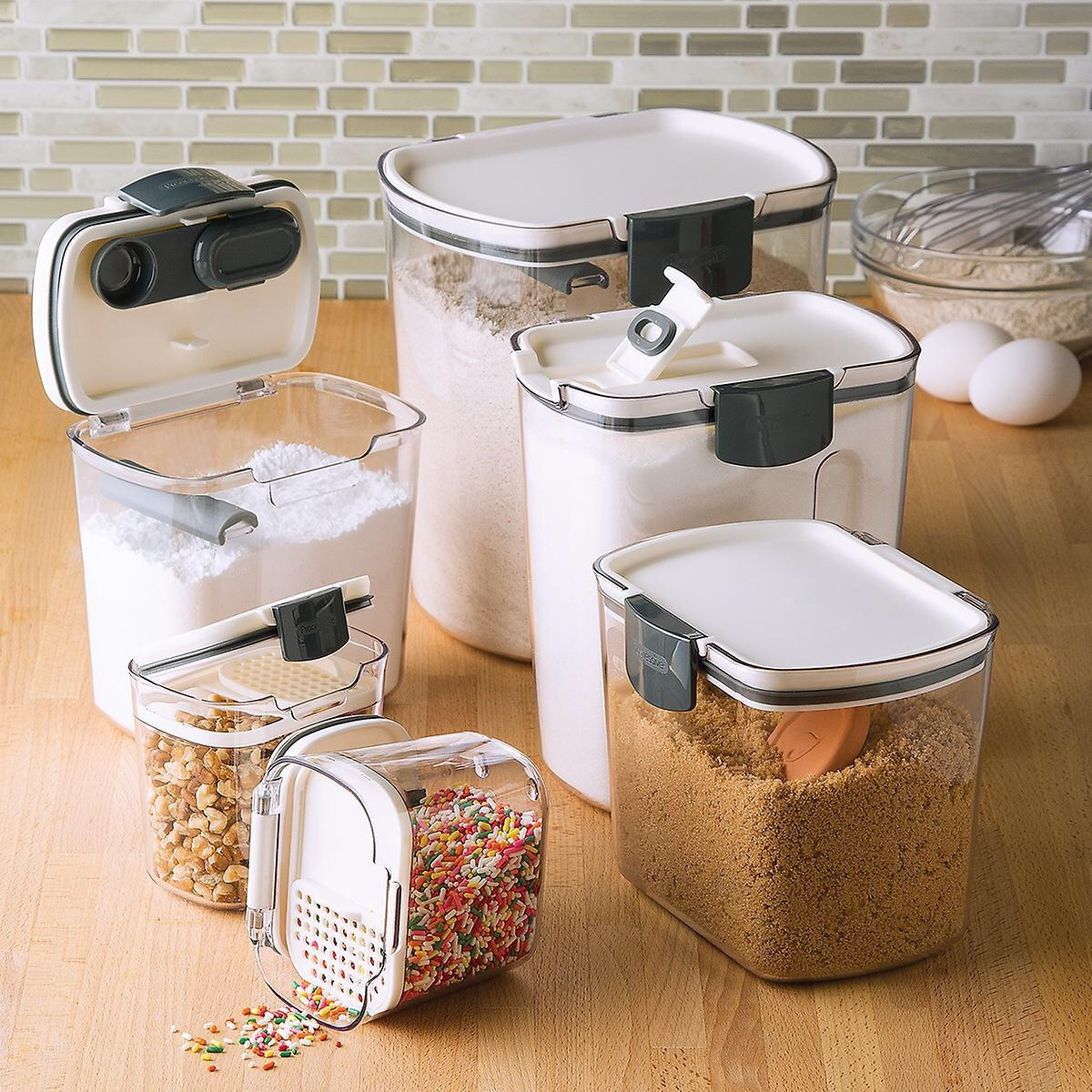 storage_and_organization_karmins_kitchen_table