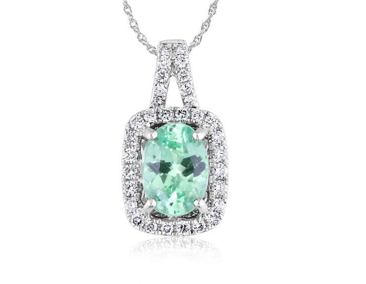 garnet pendant, mint garnet pendant, white gold garnet pendant, garnet and diamond pendant, kluh jewelers