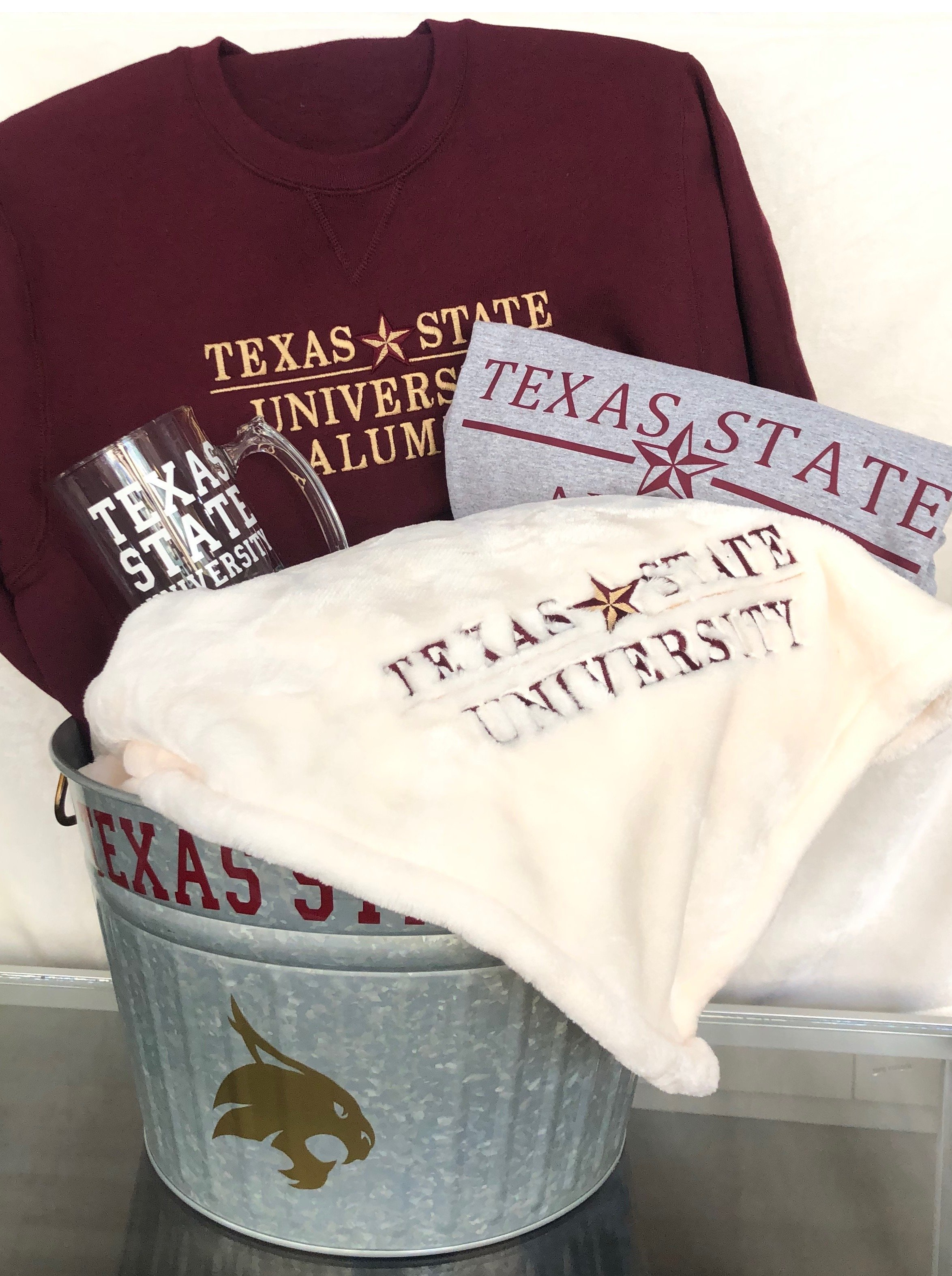 Texas State University TXST Graduation Package