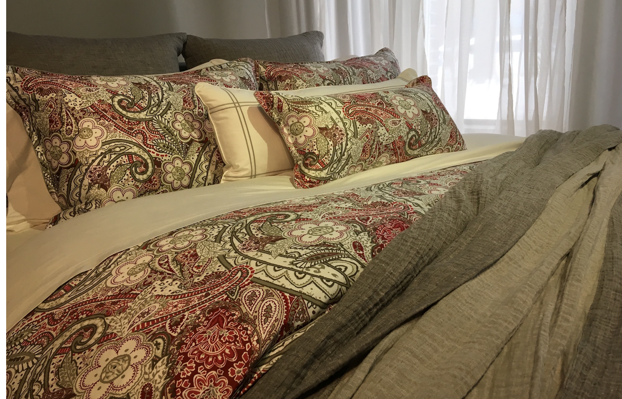 Kootenai Moon Furniture Bed Linens & Pillows