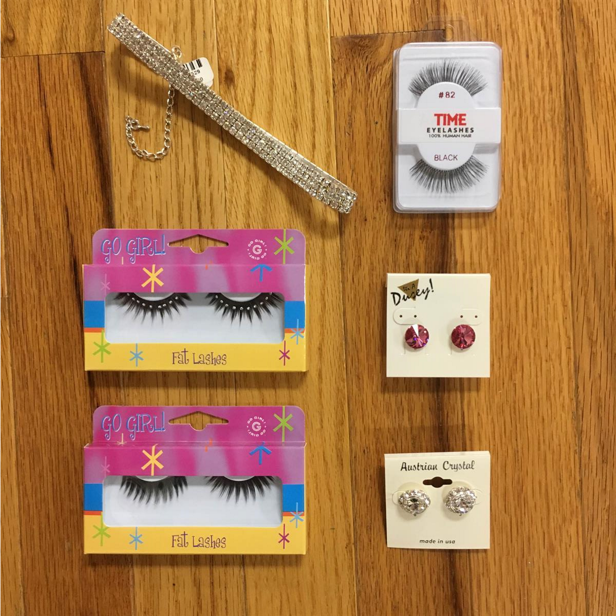 Eye_Lashes_Earrings_Necklaces
